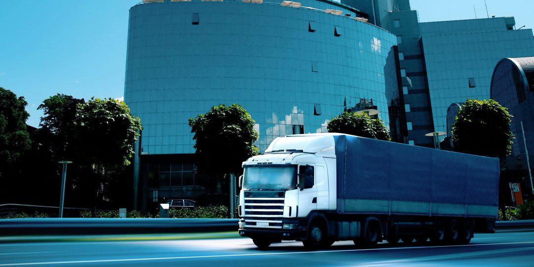 http://www.shippingtohawaii.org/wp-content/uploads/shutterstock_23064229-1080x540.jpg